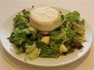 Salát s kozím sýrem jako od šéfkuchaře
