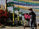 Že se blíží svátek fotbalu je v Brazílii patrné, ale ne všechno během příprav...