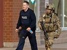 Policisté v Monctonu vyzvali obchodníky, aby raději zavřeli obchody. Uprchlý...
