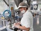 """""""Pokud chcete vyrábět kvalitní přípravky, musíte pracovat šetrně a v čistém..."""