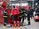 Tým českých hasičů pomáhal téměř dva týdny v povodněmi sužovaném Srbsku. S...