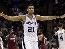 Tim Duncan ze San Antonia se stal hlavní hvězdou prvního finále NBA s Miami - i...