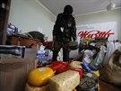 Ozbrojenci z Batalionu Vostok  se zmocnili budovy regionální vlády v Doněcku, v...