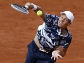 Český tenista Tomáš Berdych bojuje ve čtvrtfinále Roland Garros sám se sebou.