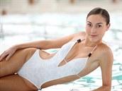 Jistě, módní trendy jsou jedna věc, sehnat plavky, které nám budou dokonale...