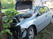 Na Náchodsku narazil šedesátiletý řidič do stromu. Nehodu nepřežil
