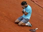 ZASE ON. Rafael Nadal už podeváté vyhrál francouzský grandslam Roland Garros.