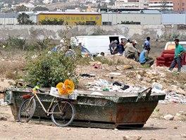 Plácek u hranice. Tohle je ještě Španělsko.