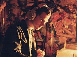 Herec Elijah Wood v DJském převtělení