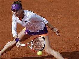 Rumunská tenistka Simona Halepová ve čtvrtfinále pařížského turnaje s Ruskou...