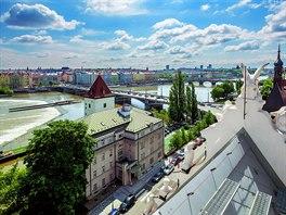Výhled na pražské panorama je jedním z nejhodnotnějších benefitů, které...