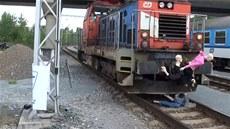 Simulace srá�ky s lokomotivou