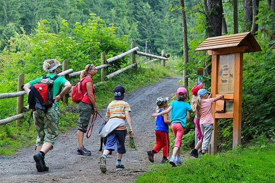 Top destinace v Beskydech: kde si užijete wellness i zábavu s dětmi?