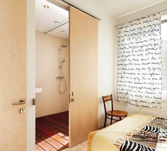 Všechny dveře z březové dýhy se smrkovou zárubní vyrábělo Truhlářství Šváb