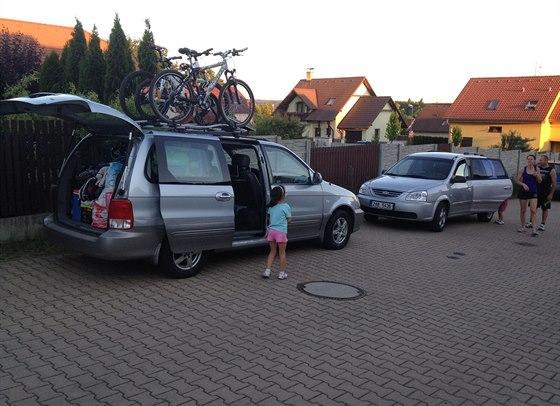 Lehce před devátou večer jsme připraveni k odjezdu do Itálie.