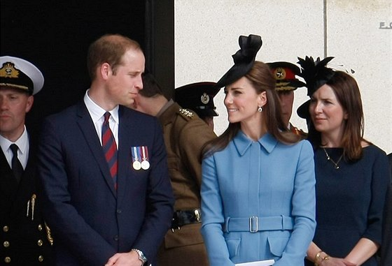 Princ William a jeho manželka Kate na oslavách 70. výročí vylodění v Normandii...