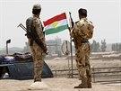 Kurd�t� ozbrojenci na p�edm�st� Kirk�ku (11. �ervna 2014)