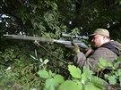 Odstřelovač v řadách proruských separatistů na východě Ukrajiny (10. června...