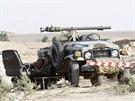 Kurdské jednotky nedaleko Kirkúku (13. června 2014)