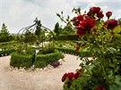 Zahradn� dv�r Listen v obci Straky, kter� se o v�kendu zp��stupn� n�v�t�vn�k�m...
