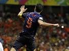 Robin van Persie slaví jeden ze svých dvou gólů do sítě Španělska. Nizozemsko i...