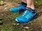Tvar boty příjemně obepíná i širší chodidlo a působím pohodlným dojmem i při