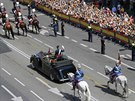 Nov� kr�lovsk� p�r v�tala �ada �pan�l� s nad�en�m v ulic�ch Madridu (19. �ervna...