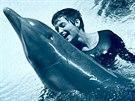 Margaret Howe Lovattová s delfínem Peterem