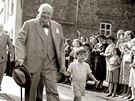 Nicholas Soames se sv�m d�de�kem Winstonem Churchillem v roce 1952.