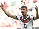 JÁ JSEM TEN STŘELEC. Thomas Müller oslavuje hattrick.
