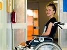 Osmnáctiletá studentka Ivana Trummová z Hradce Králové přišla o nohu, když...