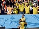 NAŠI HRDINOVÉ. Australští fanoušci slaví spolu se svými fotbalisty vyrovnání na...