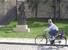 Barokní socha Neptuna stojící u přerovských hradeb, kterou v posledních letech opakovaně poničili vandalové. Ve většině případů z ní vytrhli trojzubec.
