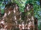 Na vrcholu Malého Blaníku - ruiny kaple sv. Máří Magdaleny z 18. století