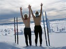 Trojice britsk�ch studentek zah�jila p�ed dv�ma lety projekt Topless Tour....