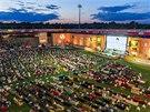 POHODA U TELEVIZE. Fanoušci v Berlíně sledují zápasy mistrovství světa na