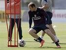VEJDE SE DO SESTAVY? Anglický útočník Wayne Rooney trénuje před zápasem proti...