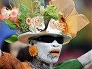 Fanoušek Pobřeží slonoviny před zápasem proti Japonsku.