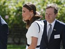Manželka prince Williama Kate v šatech Jaeger (Londýn, 10. června 2014)