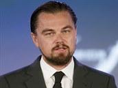 Leonardo DiCaprio vyzývá k zastavení devastace oceánu.