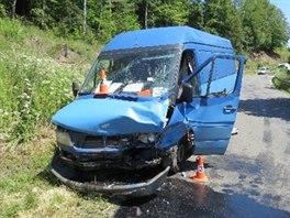 Vážná dopravní nehoda mezi obcemi Petříkovice a Chvaleč na Trutnovsku. (9. 6....