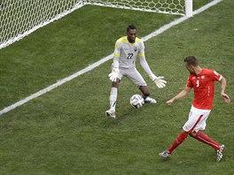 Haris Seferovič dokázal v nastaveném čase zakončit gólem švýcarský brejk a...