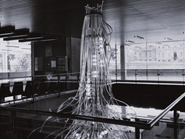 Lustr v hotelu Thermal, Karlovy Vary, 1976