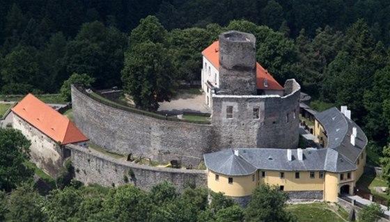 Hrad Svojanov - český unikát, kde se mísí gotika s empírovým stylem 19. století