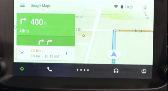 Navigace Google v autě