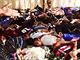 Sn�mky, kter� islamist� zve�ejnili 14. �ervna, ukazuj� zajatce, kte�� m�li b�t...