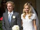 Církevní svatba modelky Poppy Delevingne a Jamese Cooka. Nevěsta měla šaty od...