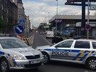Při rekonstrukci plynovodu ve Strakonické ulici nevydržel tlakový uzávěr...