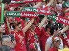 Portugalští fanoušci během zápasu s Ghanou