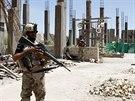Členové irácké armády nedaleko Bagdádu  (25. června)